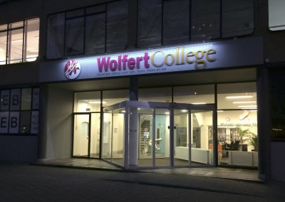 Gevelletters Wolfert College LED verlichting
